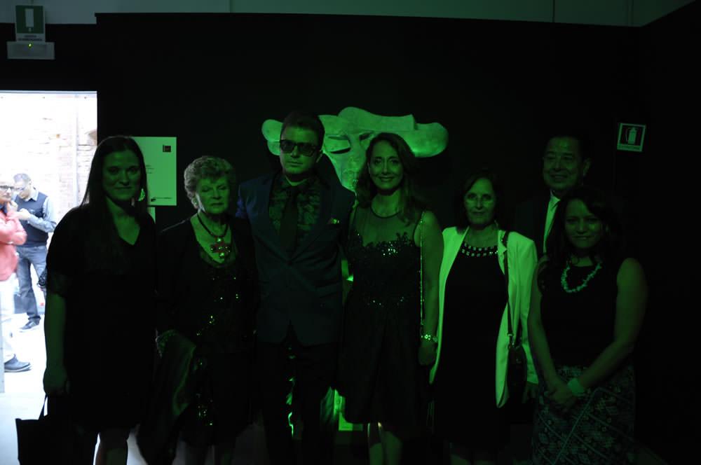 da sinistra (oltre ai Curatori e al Commissario) il M°Adriana Montalto, Console Adelina Viteri, il Vice Ministro Clariza Castellanos, il Console Morales Sosa