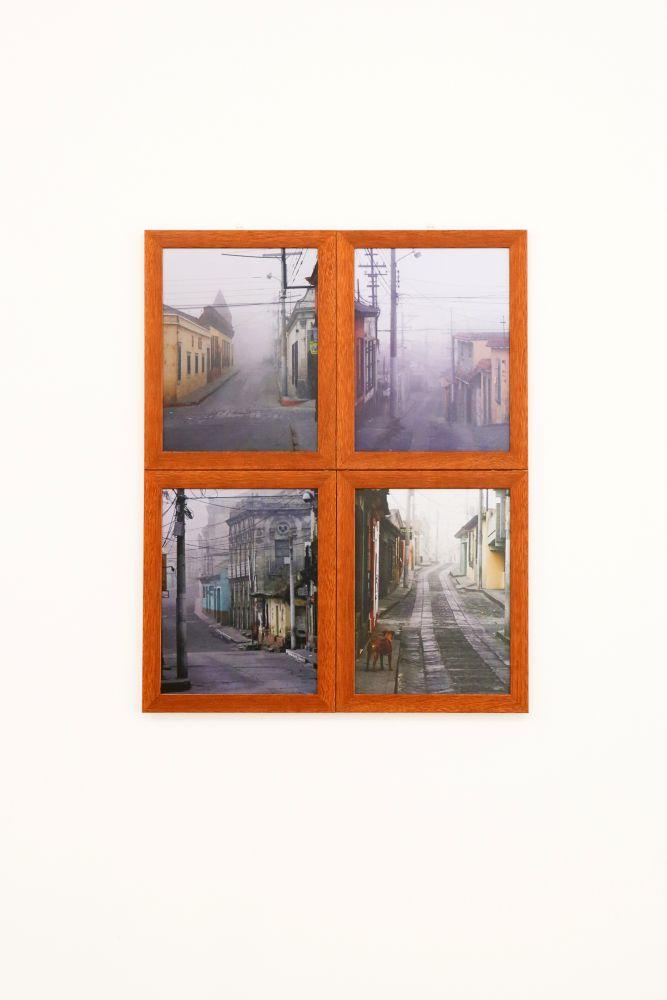 Cesar Barrios, Serie The Fog, 4 composizioni, 30x23 cm. 2011