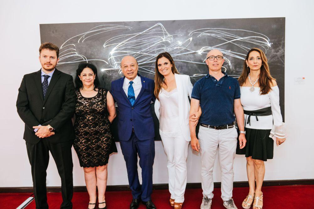 Gli achitetti e artisti Carlo Caldara&Federica Kluzer con le autorità e i curatori