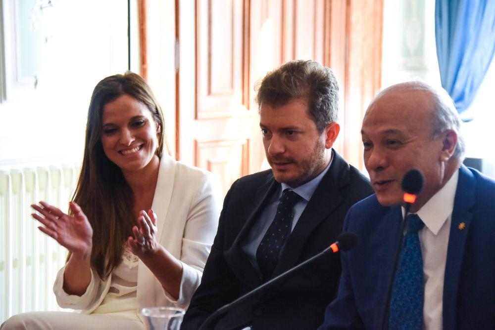 I curatori Stefania Pieralice e Daniele Radini Tedeschi con il Ministro della Cultura del Guatemala José Luis Chea Urruela