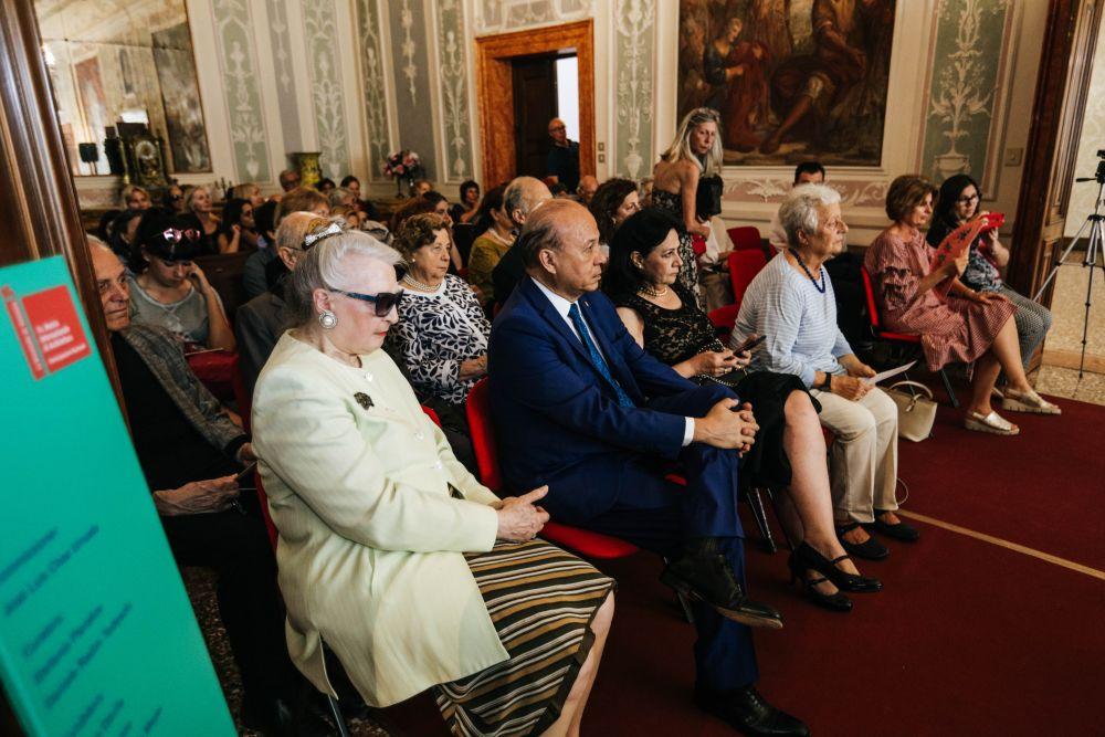 Il pubblico presente in sala e gli ospiti d'onore