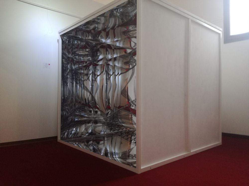 Lucia Tomasi(collettivo UR Project),Torre di Babele, tecnica mista, 200x200 cm. 2018